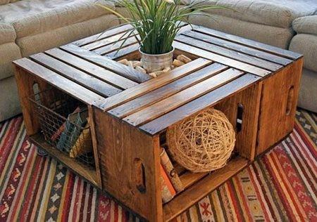 Декоративный стол из доски